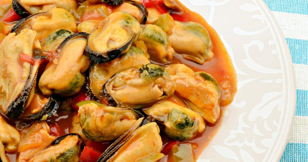 Фото Мидии в томатно-чесночном соусе