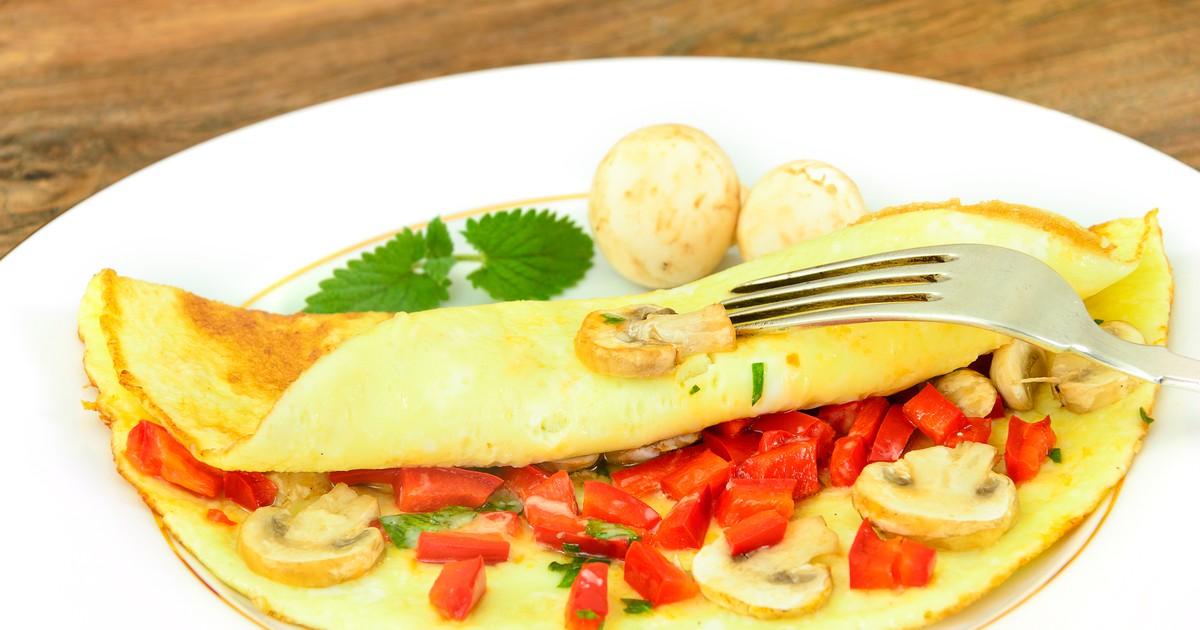 Фото Омлет с шампиньонами и овощами
