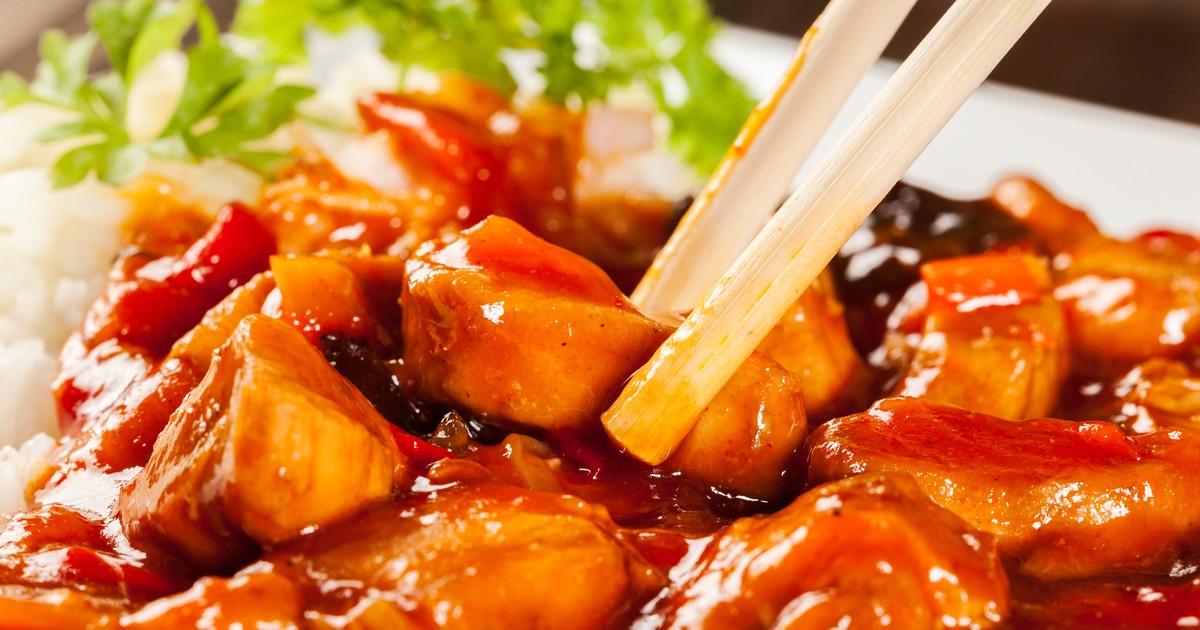 Фото Куриное филе в кисло-сладком соусе с рисом