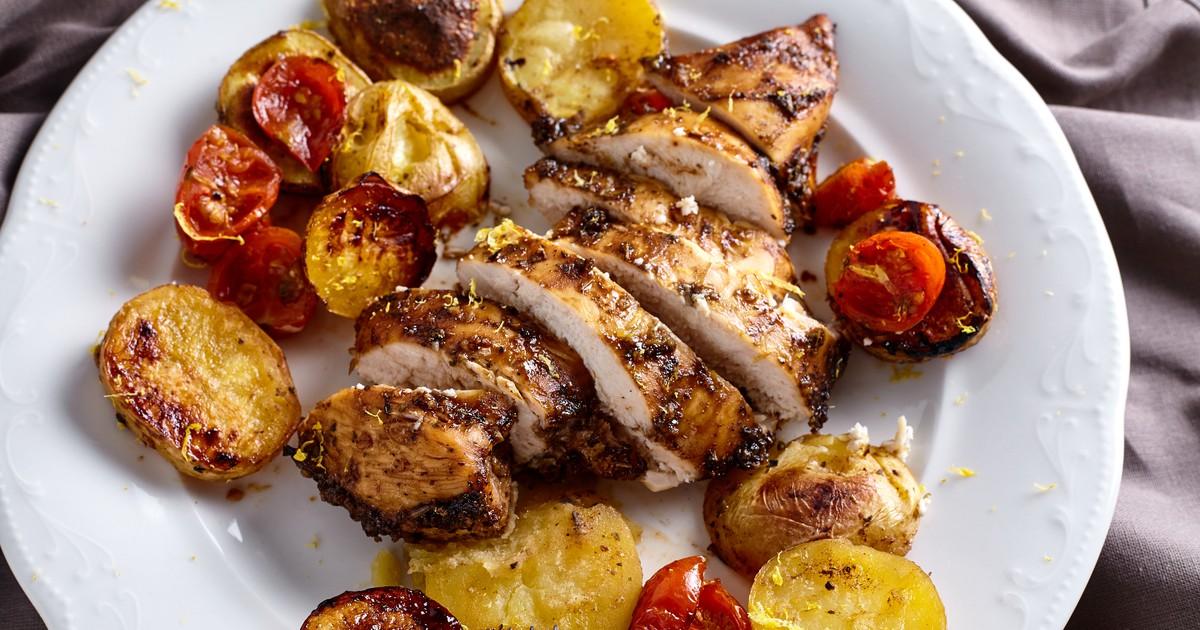 Фото Запеченное куриное филе в медово-имбирном маринаде