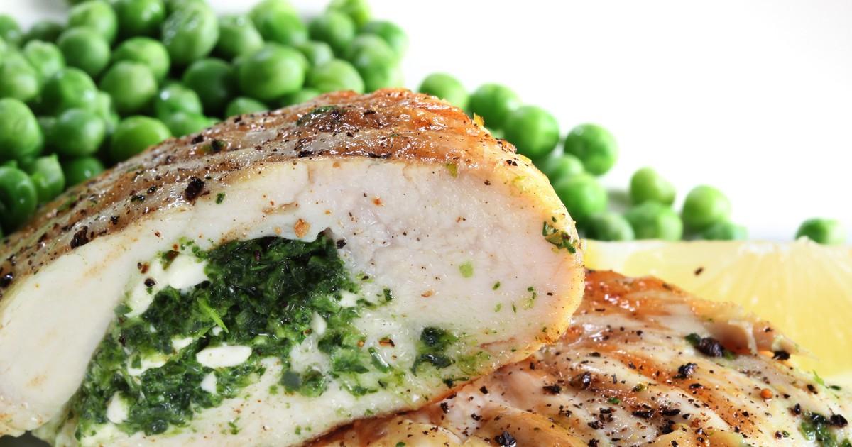 Фото Куриная грудка фаршированная сыром и зеленью