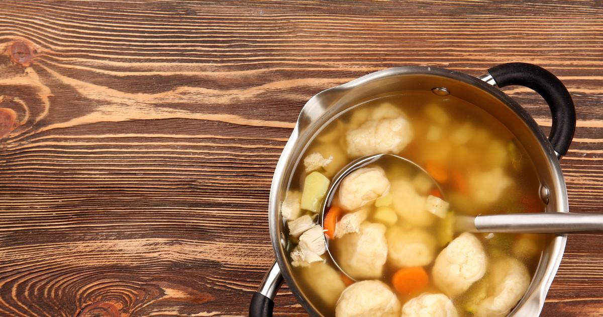 Фото Куриный суп с галушками