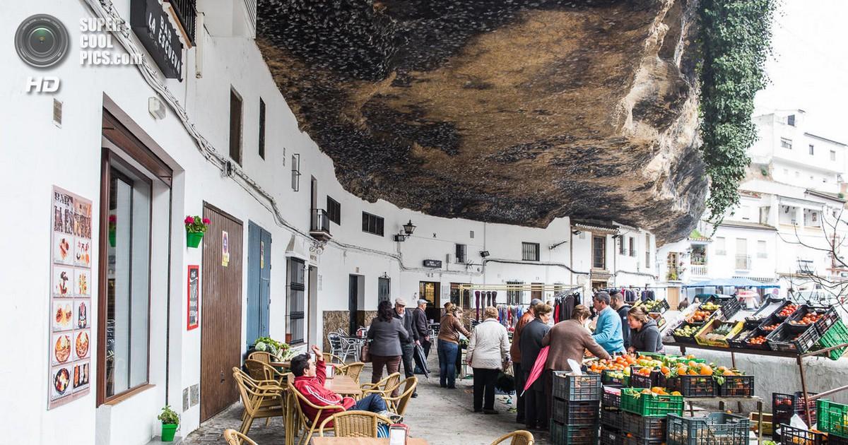 Фото Сетениль-Де-Лас-Бодегас – город вросший в скалу