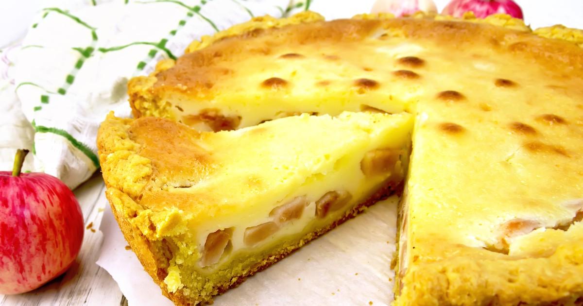 Фото Яблочный пирог со сметанным кремом из песочного теста