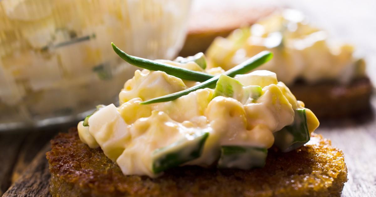 Фото Классический яичный салат