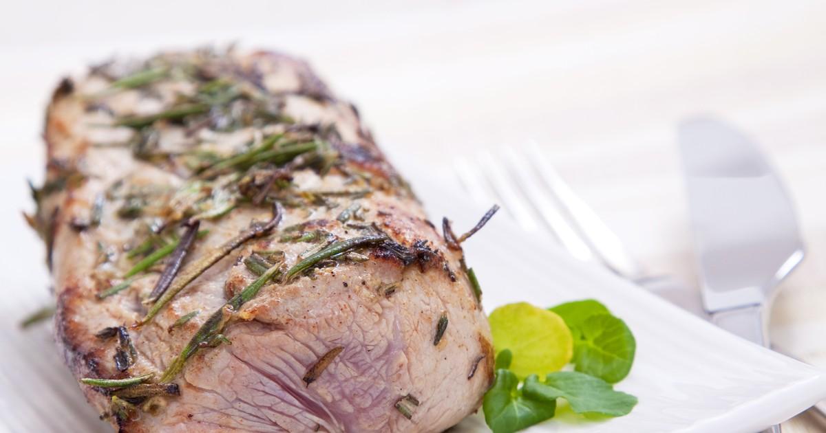 Фото Запеченная свинина с горчицей и специями