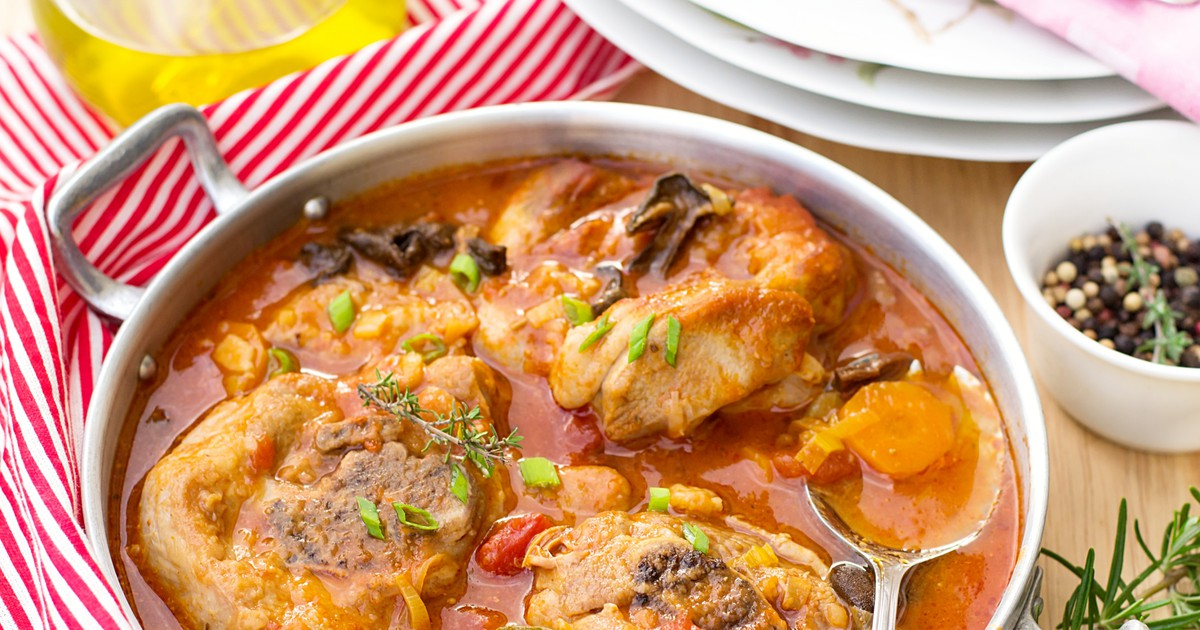 Фото Оссобуко с грибами в томатном соусе