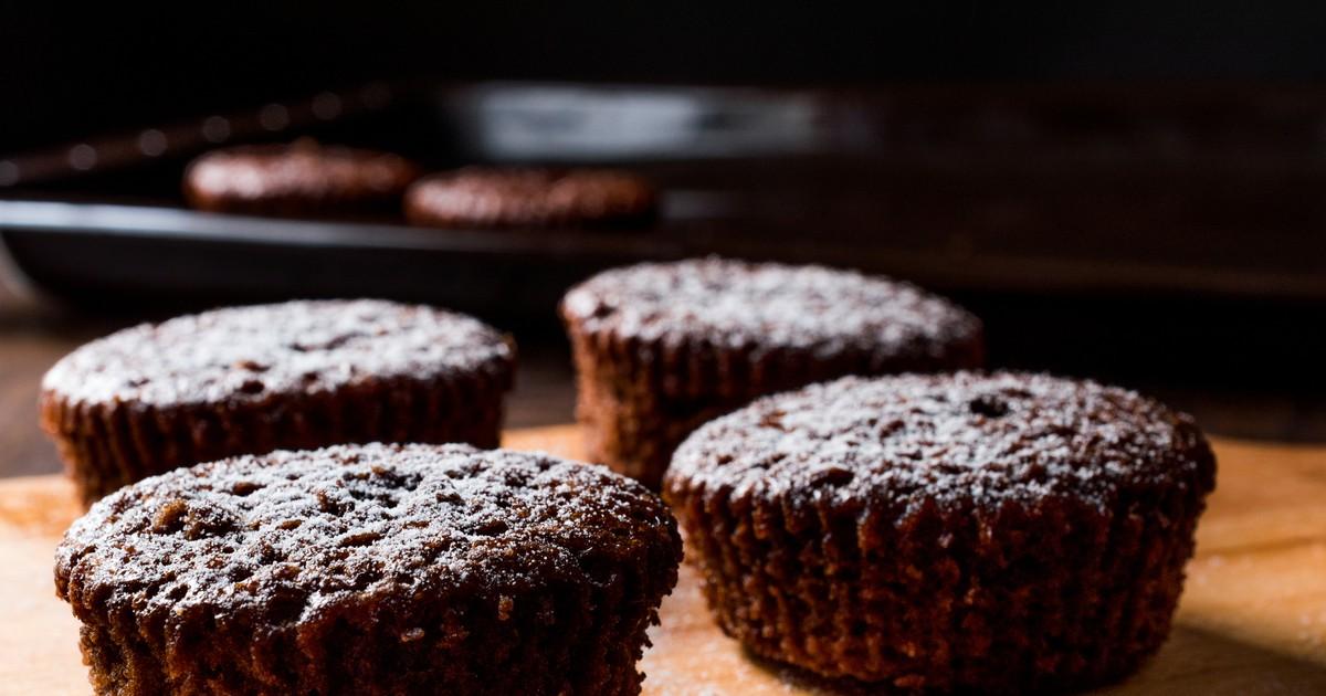 Фото Мы расскажем вам как приготовить шоколадное суфле, которое точно получится вкусным. Хоть это блюдо и капризное, с ним вполне сможет справиться любая хозяйка. Суфле получится пышным, воздушным, с характерным вкусом шоколада и будет буквально таять во