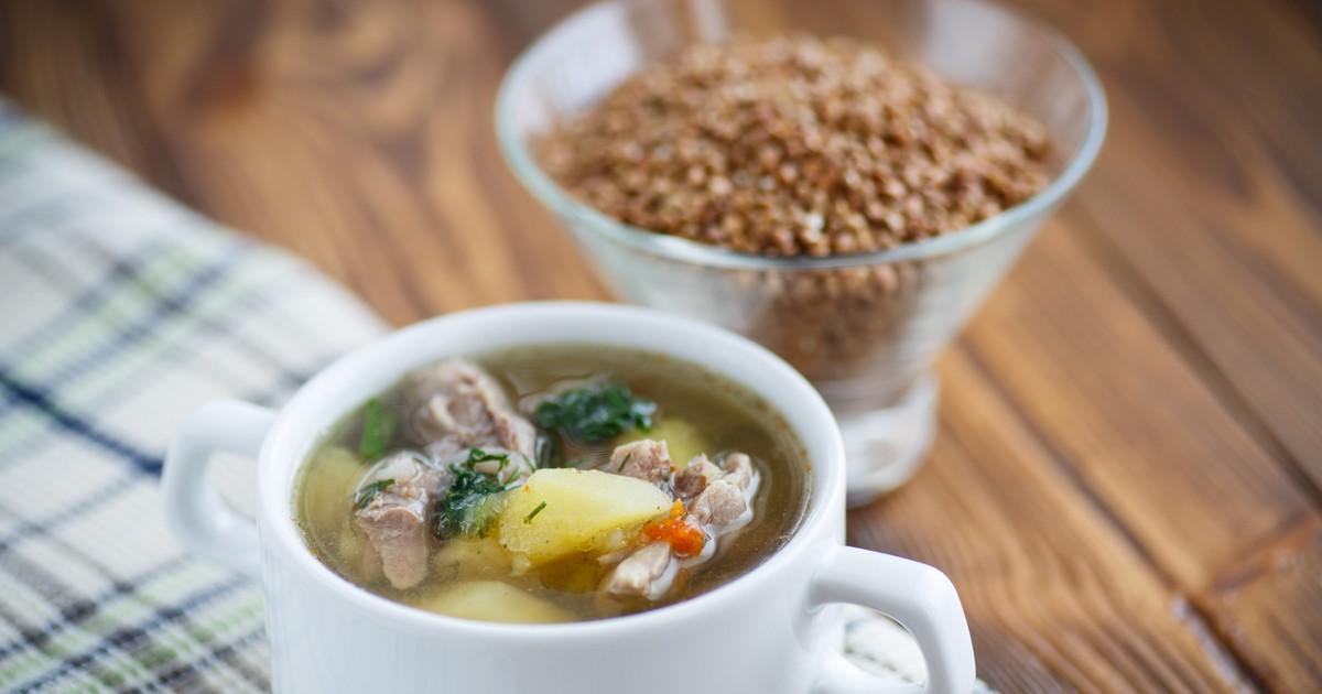 Фото Гречневый суп со свиными ребрышками по-деревенски