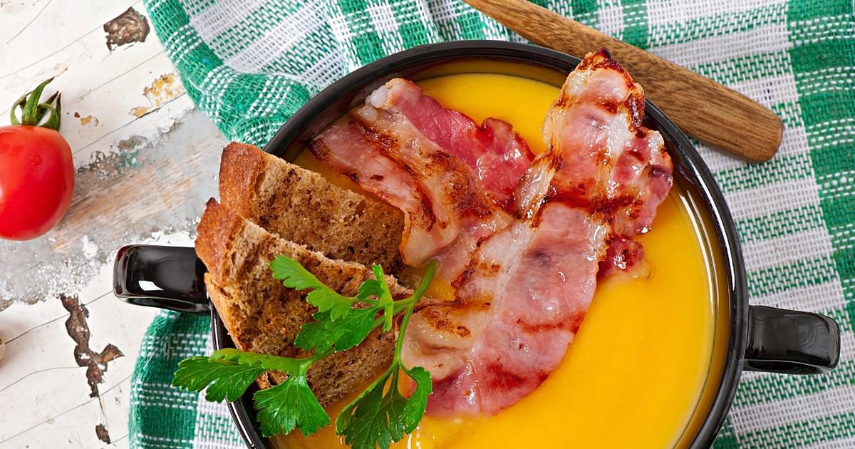 Фото Аппетитный тыквенный крем-суп с беконом