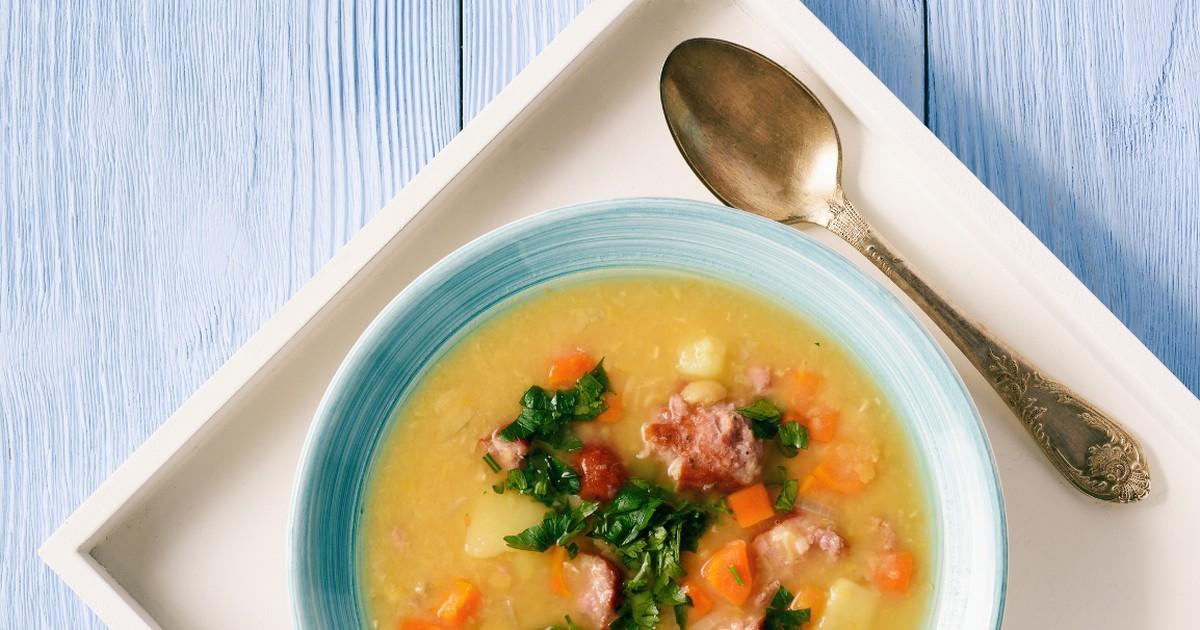 Фото Аппетитный гороховый суп с копченостями