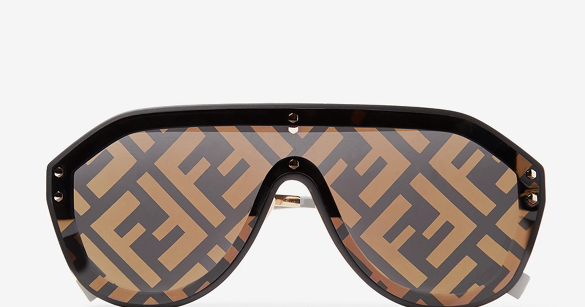 Photo of These Logo-Embellished Fendi Sunglasses Will Have You Seeing Double