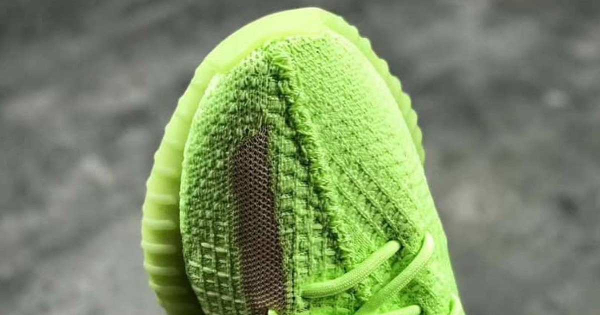 Photo of adidas Might Be Releasing Glow-in-the-Dark YEEZY Boost 350 V2