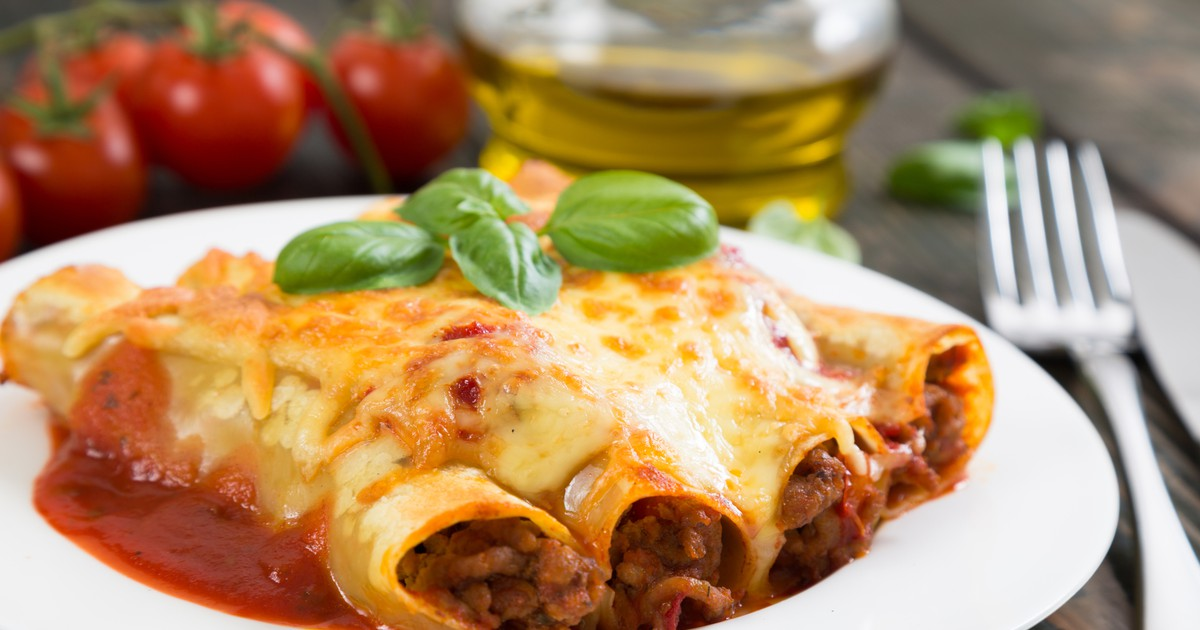 Фото Каннеллони с мясной и сырной начинкой
