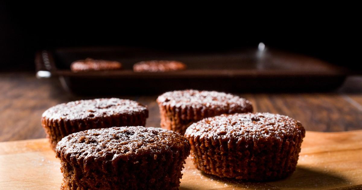 Фото Все любители шоколада оценят наш рецепт по достоинству. Хоть это блюдо и капризное, с ним вполне сможет справиться любая хозяйка. Суфле получится пышным, воздушным, с характерным вкусом шоколада и будет буквально таять во рту.