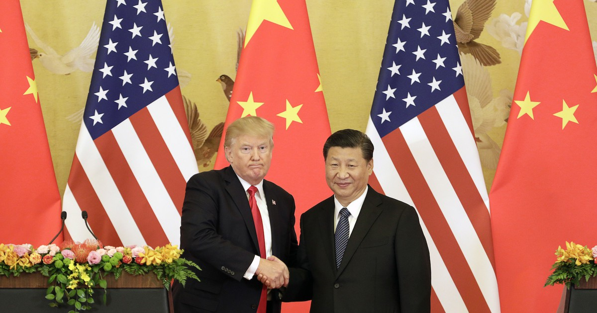 Photo of President Trump says China is waffling on trade talks because it wants to deal with Biden or another 'very weak' Democrat