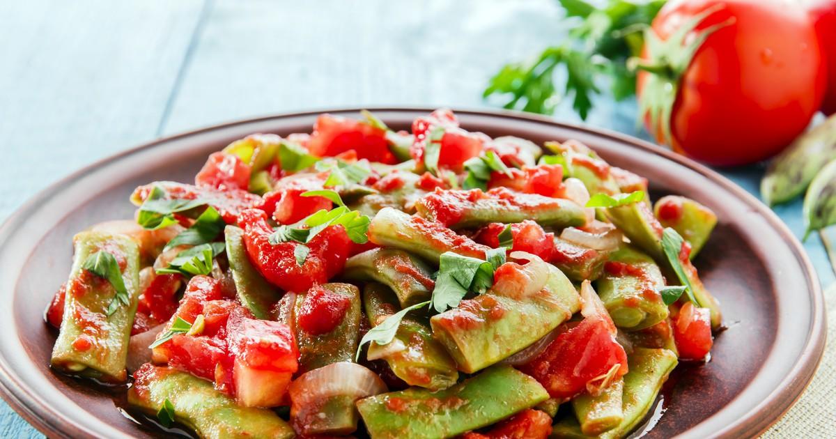 Фото Лобио из зеленой фасоли с помидорами