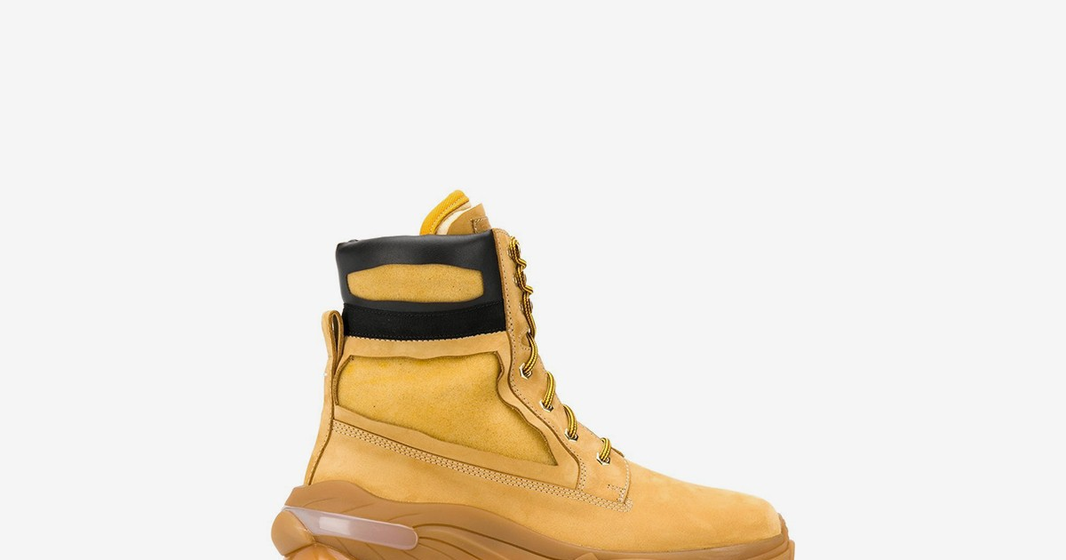 """Photo of Maison Margiela Made Its Own """"Wheat"""" Boot With a Chunky Sole"""