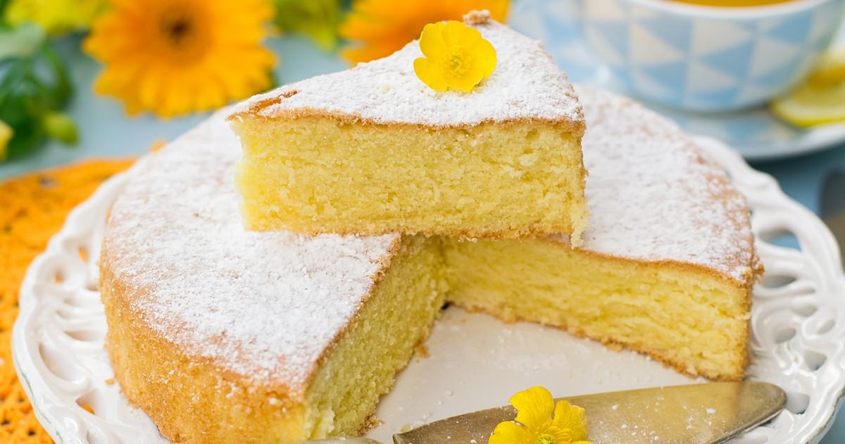 Фото Бисквит Маргарита с крахмалом (torta Margherita) – любимое итальянское лакомство и один из самых популярных десертов итальянских кондитерских. Вкусный, пышный, пористый, воздушный этот бисквит всегда получается, а готовится очень просто и быстро. и