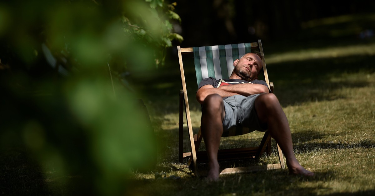 Photo of Five scientifically proven ways to fall asleep faster