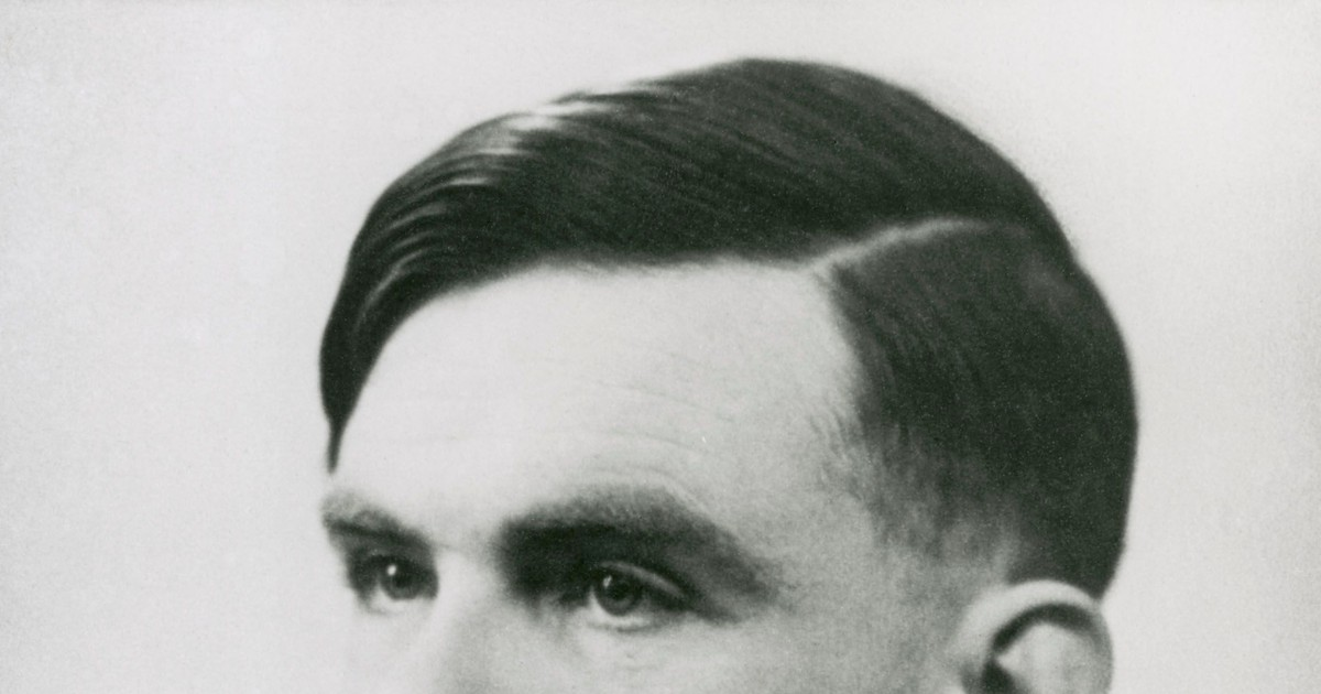 Photo of British mathematician and codebreaker Alan Turing will feature on the new £50 banknote