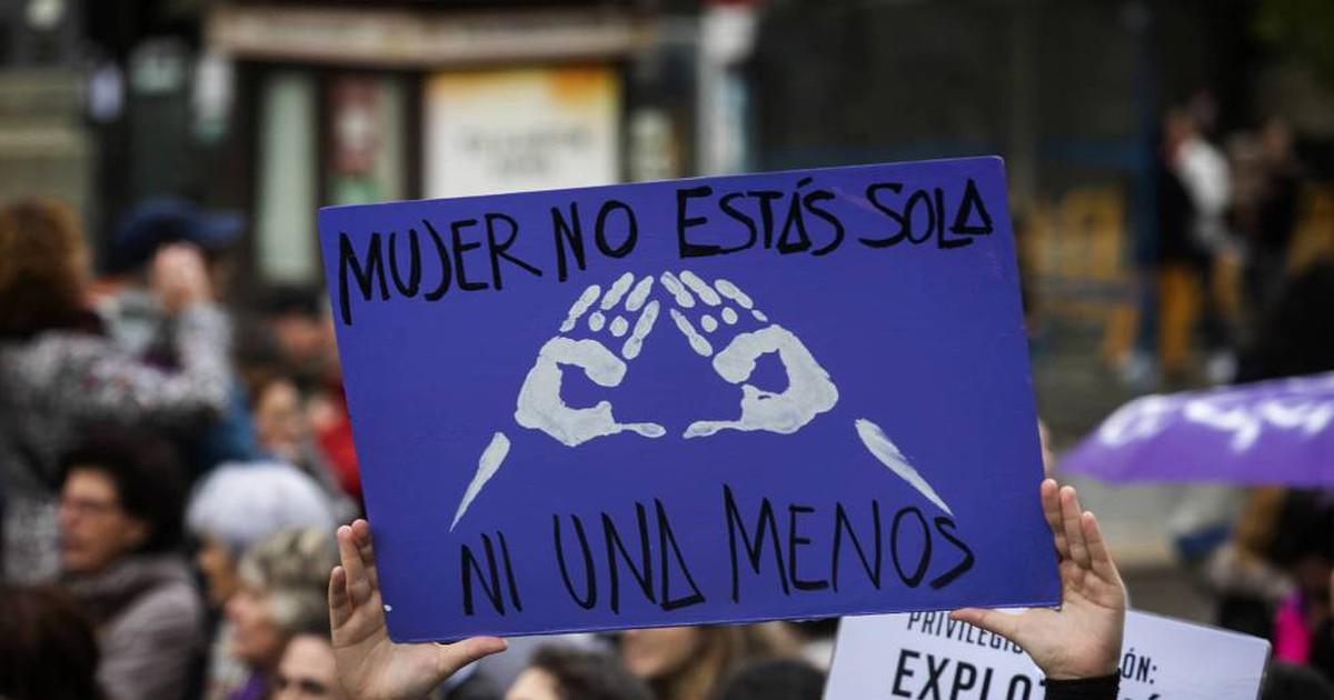 Photo of La RAE se plantea incluir 'violencia de género' en el diccionario 15 años después de rechazarlo