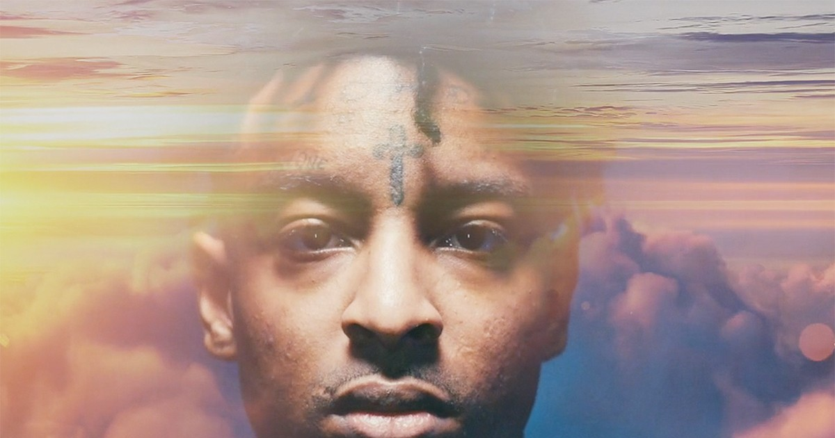 Photo of Watch 21 Savage Discuss a Borderless World in New Tequila Avión Campaign Video