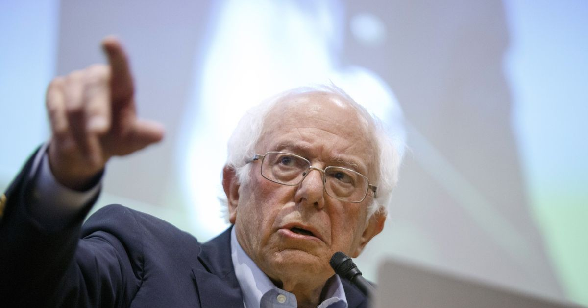 Photo of Sanders, Warren Compete for Who Can Tax Billionaires the Most