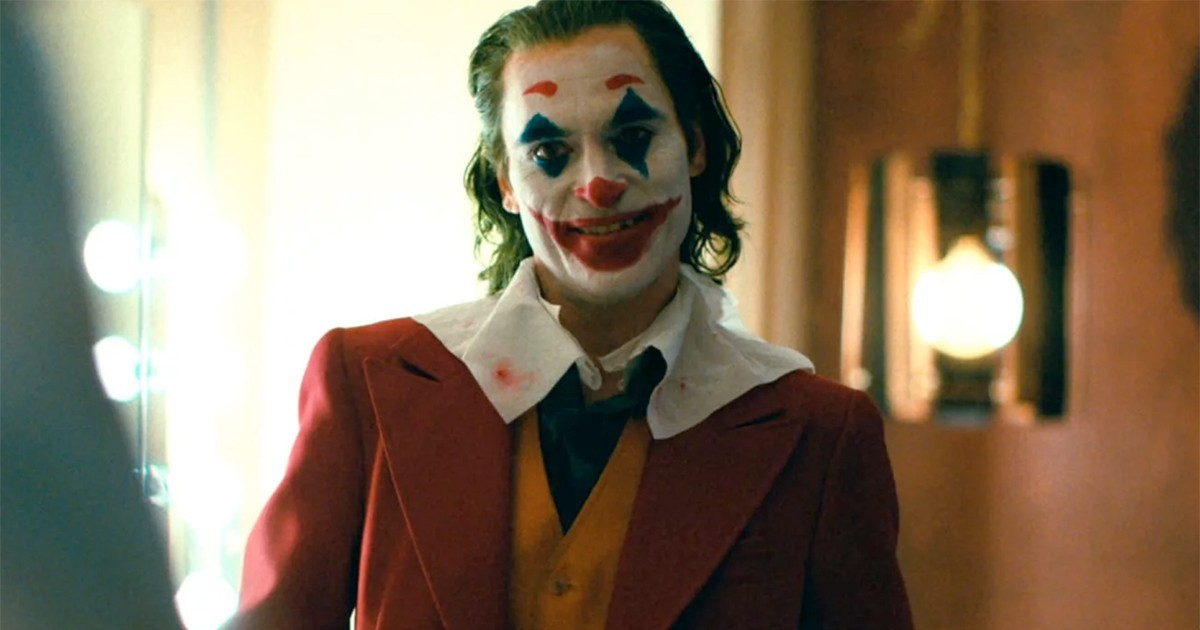 Photo of Joaquin Phoenix's 'Joker' Laugh Has Inspired Some Hilarious Memes