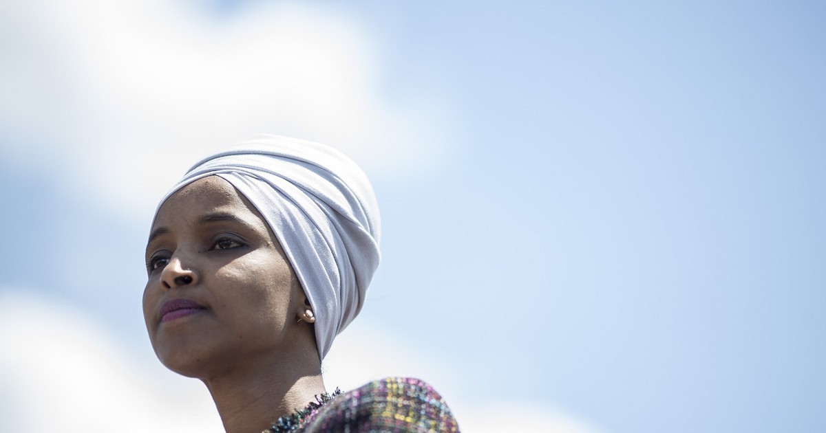 Photo of Rep. Ilhan Omar lashes out against 'right wing lurking snakes' in social media post