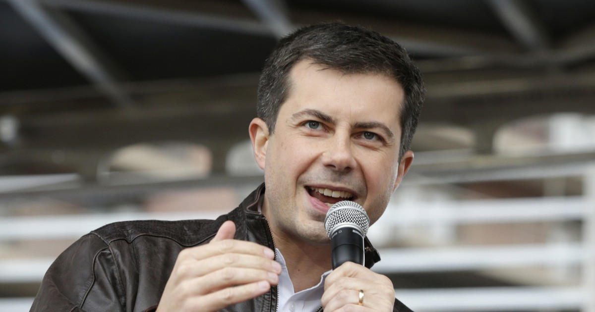 Photo of Mayor Pete Wants To Pay for Your College — Kinda!