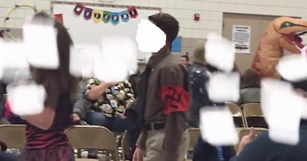Photo of Principal and teacher reinstated after probe into grade school student who wore Nazi costume to Halloween parade
