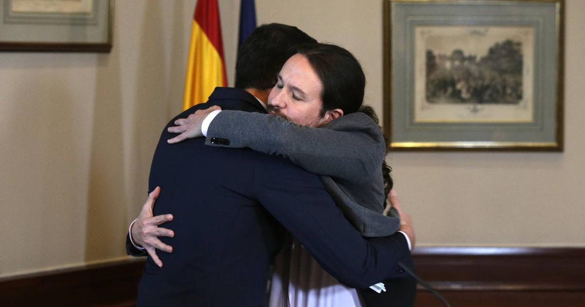 Photo of El acuerdo de Pedro Sánchez y Pablo Iglesias, en imágenes