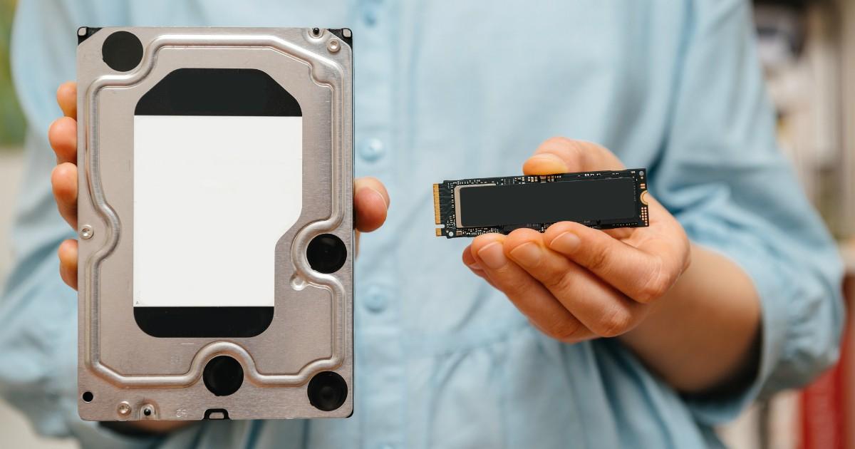 Фото Жесткий диск HDD и SSD накопитель. Что это такое и в чем разница?