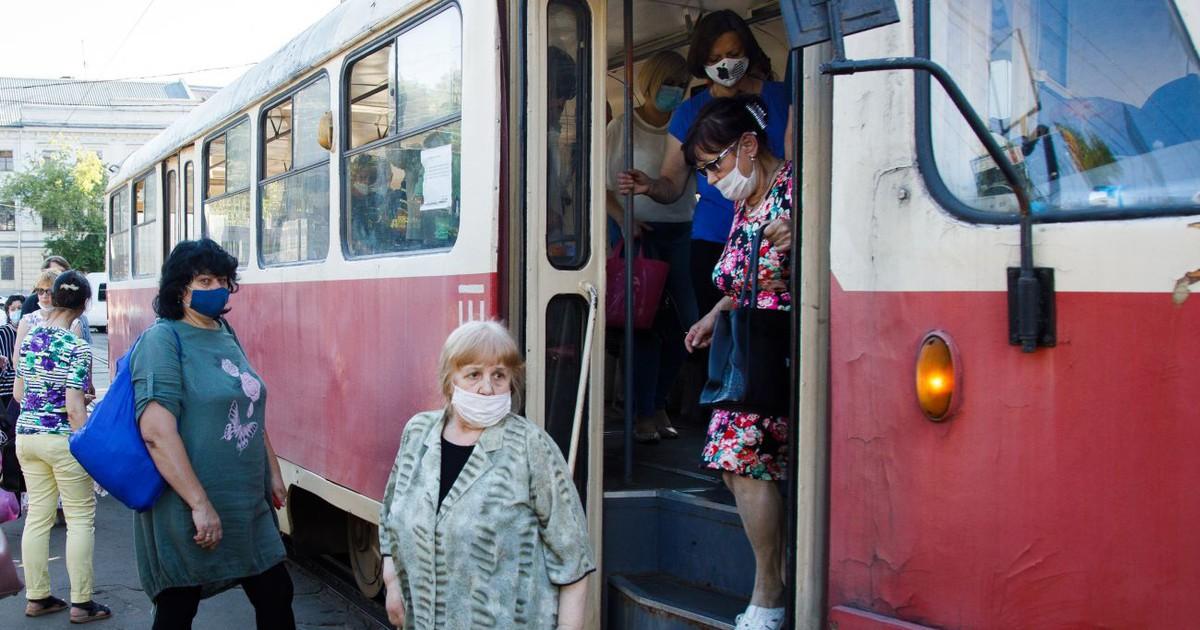Фото Киев продлил бесплатный проезд для льготников из других городов