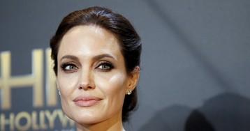 Анджелина Джоли из-за боязни рака удалила яичники