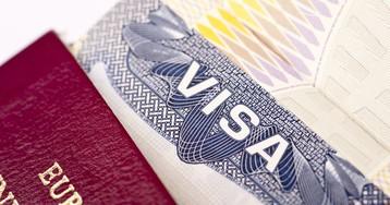 Иностранный граждане смогут получить работу в России, только имея визу