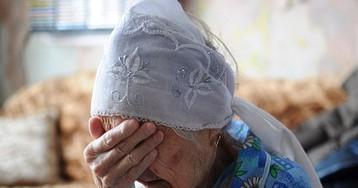 В Казани ветеран труда умывается слезами
