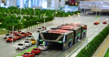 Китайцы разработали фантастический автобус, которому не страшны любые пробки!