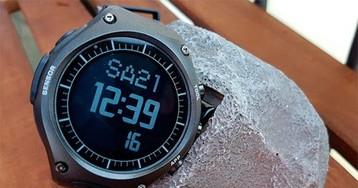 Умные часы Casio с Android Wear: в детстве мы все об этом мечтали