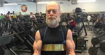 61-летний актер и обладатель «Оскара» показал, как надо качаться