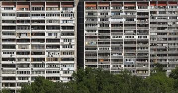 Цены на вторичное жилье в России продолжают падать