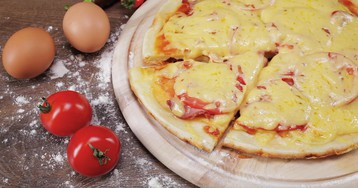ВИДЕО-РЕЦЕПТ: Пицца на сковороде за 10 минут
