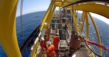 Petrobras faz proposta de 6% de reajuste para petroleiros