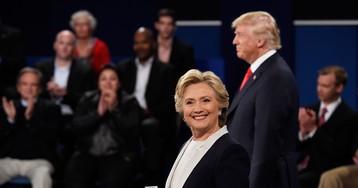 Хиллари Клинтон вызвали в ФБР. Но ей ничего не страшно