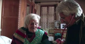 Одиночество и печеньки. Самая старая женщина планеты поделилась секретами долголетия