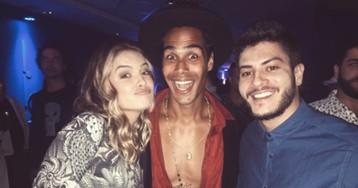 Micael Borges posa com Arthur Aguiar e Lua Blanco e leva fãs à loucura