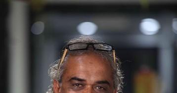 Индийский бизнесмен подарил своим сотрудникам 1260 машин и 400 квартир