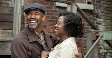 Denzel Washington, Viola Davis Become Instant Oscar Frontrunners in 'Fences'
