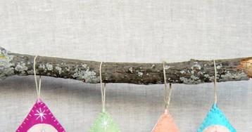 Fofura! Que tal decorar a árvore de Natal com essas lindas e delicadas vulvas de feltro?